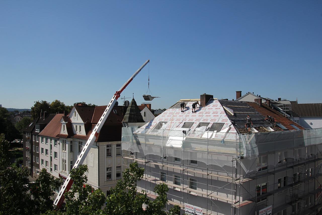 Pianka poliuretanowa- rozwiązanie na ocieplenie dachu płaskiego. Izolacje pianką poliuretanową lublin